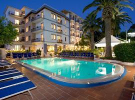 Hotel Caravel, hotell i Sant'Agnello