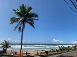Hotel e Pousada Blue Marine, hotel near Flamengo Beach, Salvador