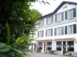 Hotel Au Petit Béarn, hôtel à Salies-de-Béarn