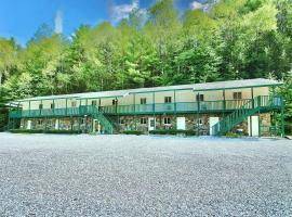 Westbrook Inn Lake George, hotel near Adirondack Outlet Mall, Lake George