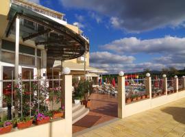Hotel Plamena Palace, отель в Приморско