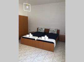 Ground apartment, hotel with parking in Alexandroupoli