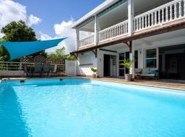 Villa Ti'Kemy avec piscine au sel, Ferienwohnung in Le Lamentin