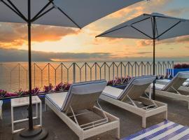 Hotel Boutique Luxury Patio Azul, hotel in Puerto Vallarta