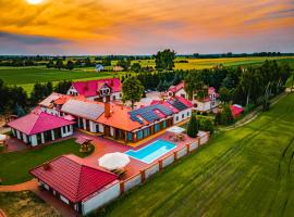 Ośrodek Agroturystyczny Zacisze, hotel in Giewartów