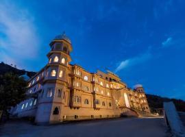 Kumbhalgarh Fort Resort, hotel in Kelwāra