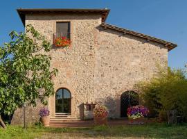 B&B Torre Della Chiocciola, hotel in Monteriggioni