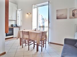 Medusa Apartment - Bilocale Centro, apartment in Finale Ligure
