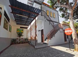 OYO 90576 St Tama, hotel near Bali International Convention Centre, Nusa Dua
