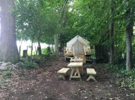 Tentrr Signature Site - Dreamroad Farm Pasture View, luxury tent in Johnstown