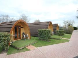 Camping De Grienduil, hotel in Nieuwland