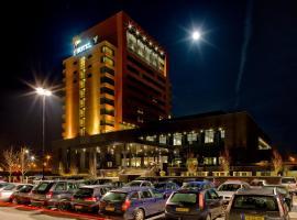 Hotel Duiven bij Arnhem A12, hotel near Burgers' Zoo, Duiven