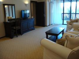 Poiana Brasov - ApartHotel Alpin - Apt 2708, hotel in Poiana Brasov