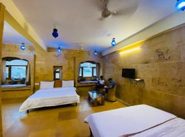 Wonbin Safari Hotel, hotel in Jaisalmer