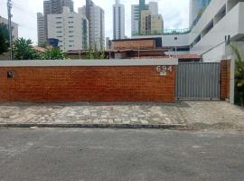 Casa do Fábio, hotel with pools in João Pessoa