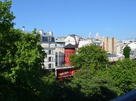 Goldhotel, hotel near Gare Saint-Lazare, Paris