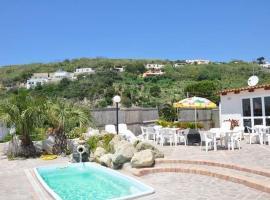 Hotel Villa Bernardina, hotel near Giardini Poseidon Terme, Ischia
