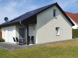 """Haus Bärbel - """"barrierefreie Ferien im Bad der Sonnenseite"""", holiday home in Grömitz"""