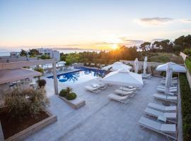 Poseidon Mobile Home Resort, hotel in Makarska