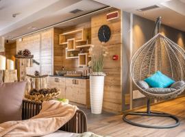 Cesa Edelweiss Living & Spa, hotel in Campitello di Fassa