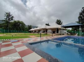 PadmaaFarms By FriendsV, luxury tent in Karjat