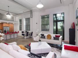 Grand Luxury Downtown Loft near Las Olas & Beaches, apartment in Fort Lauderdale