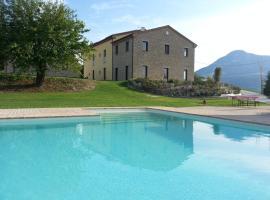 Amico Country House, bed & breakfast a Serra San Quirico