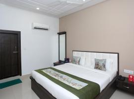 Oyo Flagship 9368 Hotel Pratap, hotel in Agra