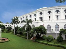 Maidens Hotel New Delhi, boutique hotel in New Delhi