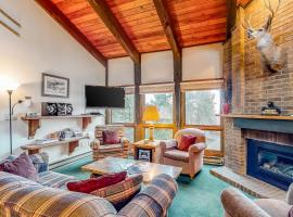 Lodge at Steamboat C301, hotel in Steamboat Springs