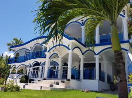 casaenjoysamana, hotel near Playa Rincon, Los Naranjos