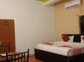 The Haveli Hotel & Spa (Nr. Fatehsagar Lake), hotel near Bagore ki Haveli, Udaipur