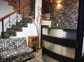TAWAS HOTEL RESTO, hotel in Ollantaytambo