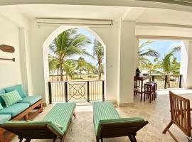 Perfect beachfront condo Cap Cana Marina, Punta Cana, room in Punta Cana
