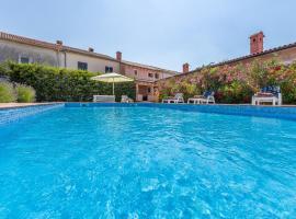 Pool & Sun Villa Rici, holiday home in Loborika