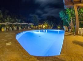 Albergo Residenziale Menhirs, hotel near Is Arutas Beach, Putzu Idu