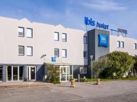 ibis budget Arles Sud Fourchon, hotel in Arles