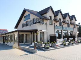 Restauracja Hotel Branicki, hotel in Machliny