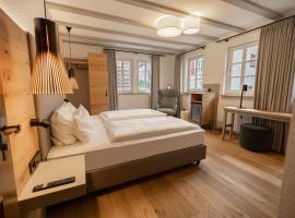Gästehaus St Laurentiushof, Hotel in der Nähe von: Kalmit, Birkweiler