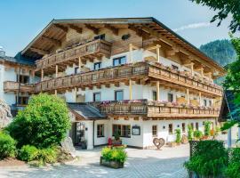 Hotel Schörhof, hotel in Saalfelden am Steinernen Meer
