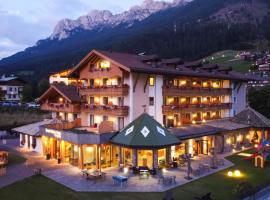 Resort Dolce Casa - Family & Spa Hotel, hotel in Moena