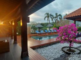 Bale Solah Lombok Holiday Resort, hotel in Senggigi