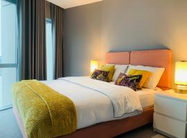 Luxury Double Bed in Greenwhich Peninsula., hotel in London
