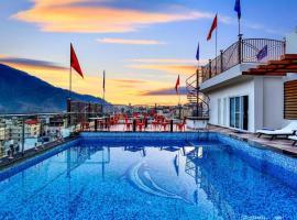 HOTEL LAXMI HEIGHTS, hotel en Rishikesh