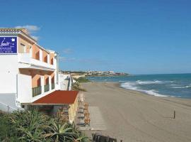 Apartamentos La Dorada, hotel dicht bij: El Chaparral Golf Club, La Cala de Mijas