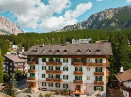 Hotel Serena, hotel in Cortina d'Ampezzo