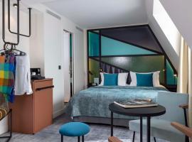Le 12 Hôtel, hotel near Gare Saint-Lazare, Paris