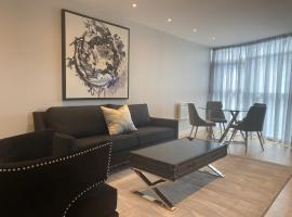 Luxury Cardiff City Centre Apartments, hotel near Cardiff Central Station, Cardiff