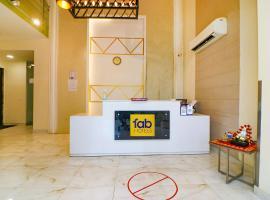 FabHotel Empire Residency, hotel near Medanta Hospital, Gurgaon
