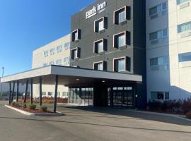 Park Inn by Radisson Leduc AB, hotel near Edmonton International Airport - YEG,